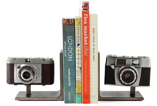 vintage-camera-bookends-by-moss-studios-512px-512px